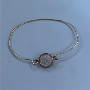 🍑Gemstone Wire Bracelet